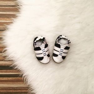 👶🏻Robeez soft soled shoes 0-6 mo